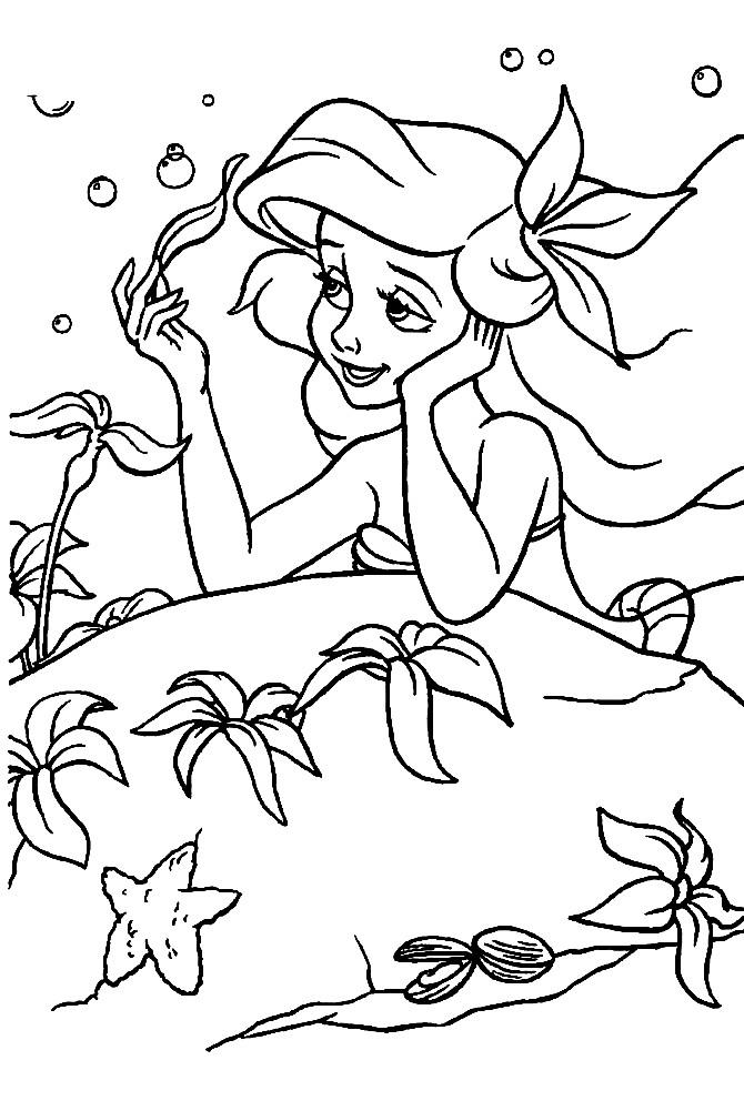 Раскраска Ариэль мечтает о принце